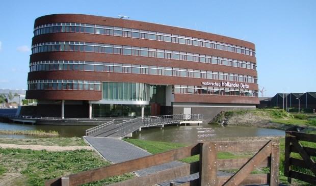 Het hoofdkantoor van waterschap Hollandse Delta in Ridderkerk. (foto: Arco van der Lee)