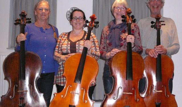 Cellisten Wikkie Vis, Rita Ernst-Kürtös, Connie van der Dussen en Lucas Vis vormen samen Cellokwartet Wiriavier. Op zondag 24 februari zijn zij te gast in de cultuurtoren van Mariënkroon.