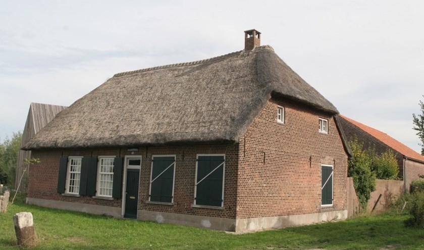 Deze boerderij uit de achttiende eeuw in het buitengebied van Moerenburg is sinds 2010 een rijksmonument. Meer info op www.heemkundekringtilburg.nl