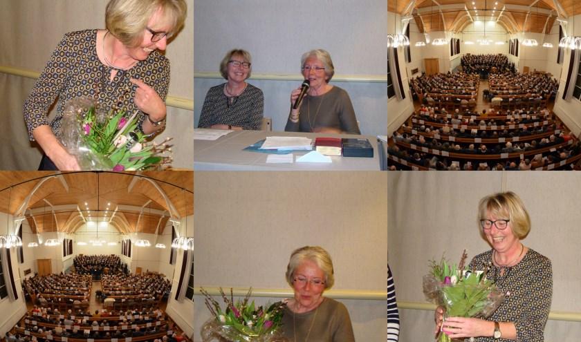 De dames werden verrast met een bos bloemen