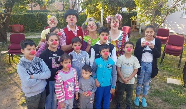 Eind maart gaan vier Flying Clowns weer naar Bosnië.