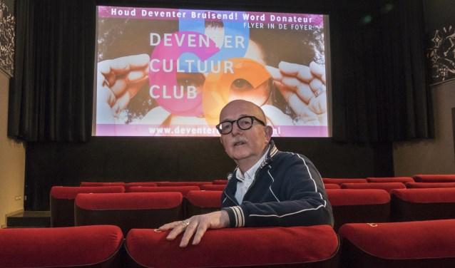 Deventenaar Johan Bunt, al tientallen jaren actief in diverse culturele organisaties waaronder het Filmhuis, vertelt dat kleinere culturele initiatieven in Deventer best wat steun kunnen gebruiken.