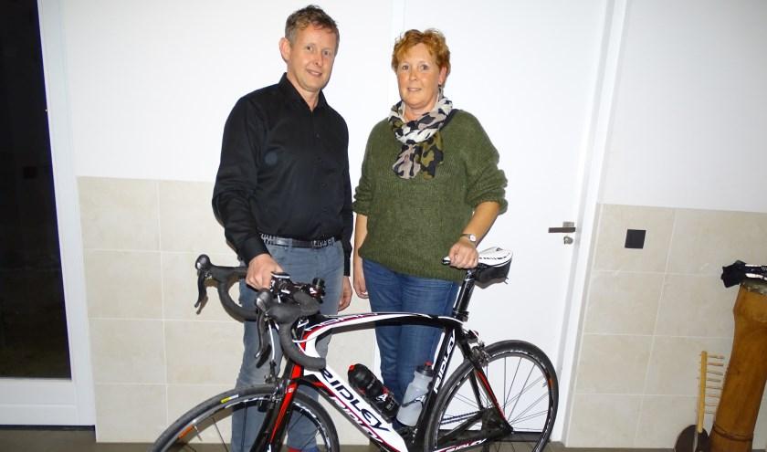 Fred Boere uit Oudewater met zijn zus Carolien wil minimaal drie keer de Alpe d'HuZes beklimmen op de fiets.
