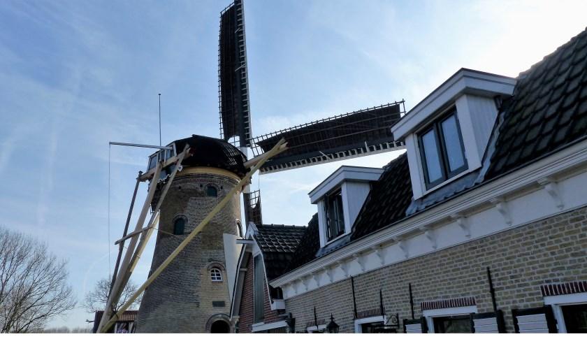 Molen de Hoop gerenoveerd - Abbenbroek. Foto: Roel van Deursen