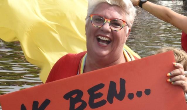 Lizette Oudijk van Cafeetje Heeeurlijk deelnemer Canal Pride Utrecht. Foto: Marianka Peters
