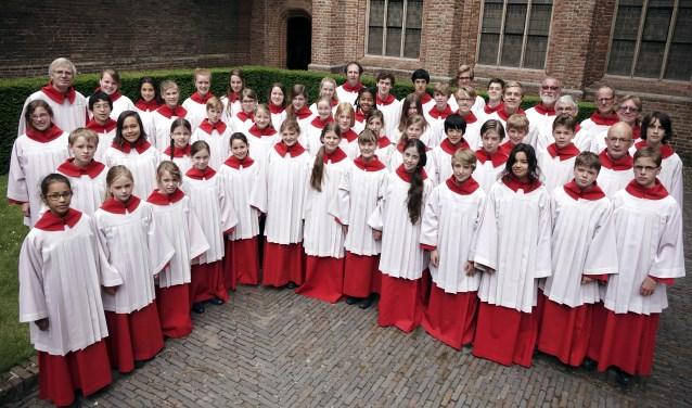 De zangers en zangeressen van de Kathedrale Koorschool Utrecht. Foto: KKU.