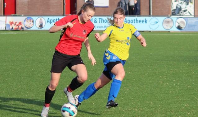 Spits Charissa Jongeneel wist vijfmaal te scoren.