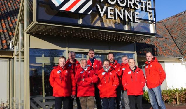 De Drunense Duinenloop Commissie van de Wandel en Atletiek Vereniging DAK staan paraat voor een mooi sportief loopevenement.