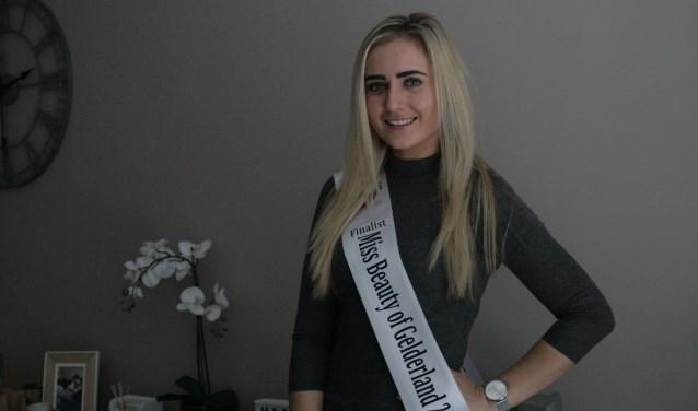 Kimberly van Knijff is druk bezig met de voorbereidingen op de finale van Miss Beauty of Gelderland 2019.