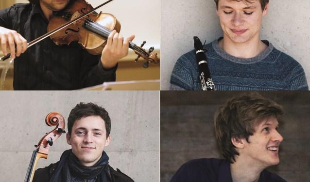 Naast Jelmer de Moed (klarinet) treden op Tim Brackman (viool), Pieter de Koe (cello) en Rik Kuppen (piano).