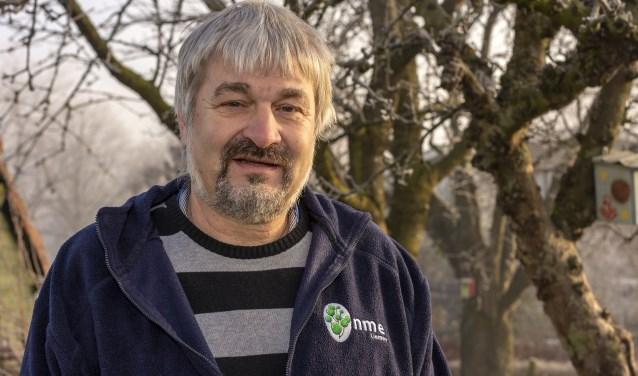 Willy Nass stopt binnenkort als coördinator van Natuur- en Milieu- Educatie (NME) Zevenaar. (foto: Bas Bakema)