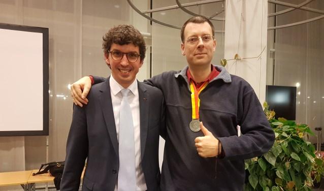 Links wethouder Nathan Stukker, rechts Douwe ter Horst.