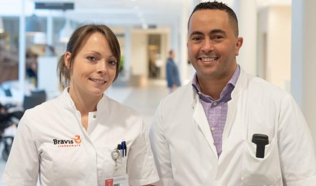 Verpleegkundig specialist/FH-consulent Daniella Bartels en internist-vasculair geneeskundige Mustafa Ezzahti