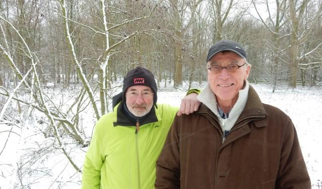 Dirk van den Bergh en Piet de Kreij (rechts) hebben van een combinatie van land- en onderwaterbeelden een prachtige natuurfilm weten te maken; 'De Beleving'. Foto: Joop van der Hor