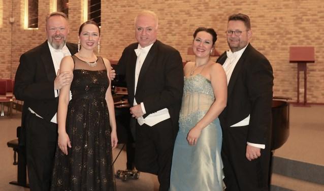 Opera Gala Stars; op zaterdag 2 maart te zien in Maarssenbroek. Tekst: Ria van Vredendaal, foto: Arie Frickus