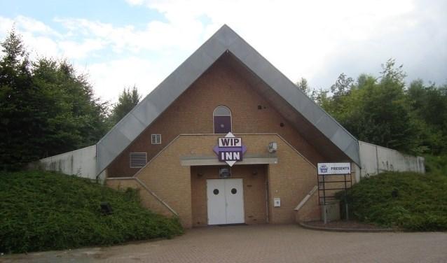 Het pand van de voormalige Wip-Inn aan de Ringbaan-Zuid in Zevenaar is te huur voor verenigingen en instellingen. (foto: PR)