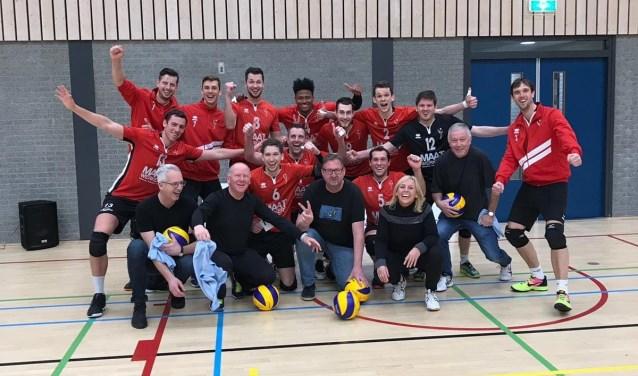 VCN Heren 1 wint met 3-0