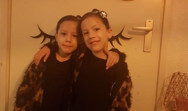 Nalany en Tamia worden vandaag zes jaar en zijn nu ook beroemd! (foto: Marsha Arons)