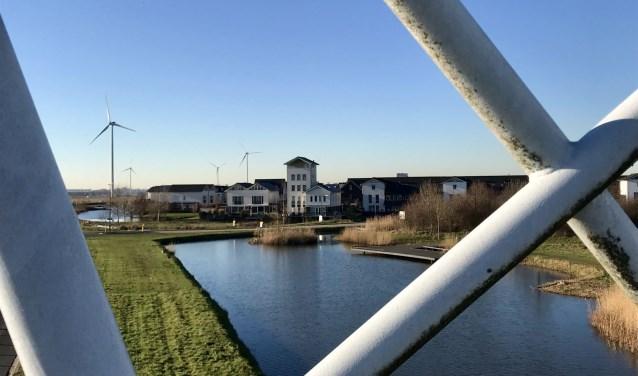 Windpark Houten; drie windmolens van Eneco die sinds 2001 'voer' zijn voor discussie. Foto: Marije ten Böhmer.