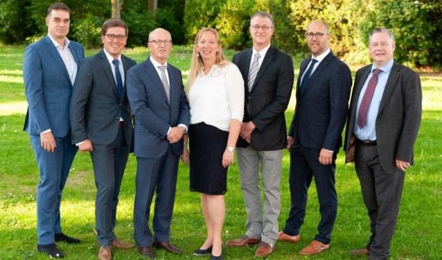 V.l.n.r.: Cees Timmers, Jeroen van der Laan, Leo Platschorre, Martine Kamphuis, Bart van Ginkel, Erik van Hartingsveldt en Peter Boudewijn.
