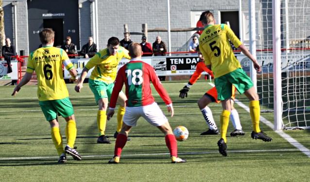 Bon Boys had het onnodig lastig met Overwetering, maar wist toch nog te winnen van de ploeg uit Olst.