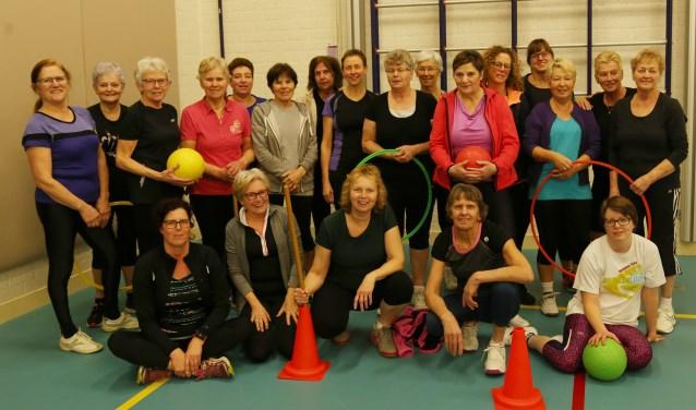 De dames van de gymclub in Mill. (foto Marco van den Broek)