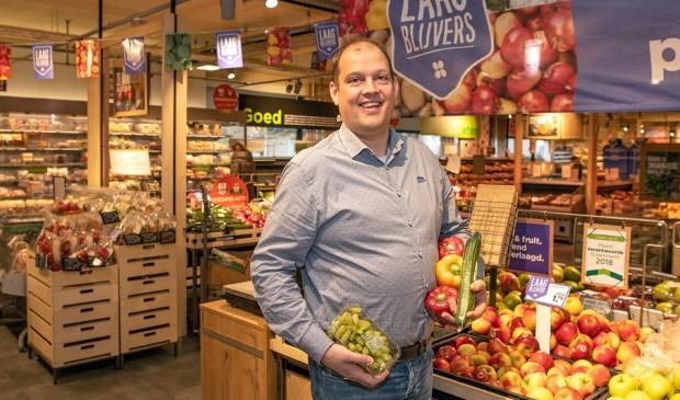 'Wanneer een papieren zak of plastic tasje niet nodig is, kan groente en fruit vanzelfsprekend ook los worden afgerekend', zegt Elbert van den  Doel. Eigen foto