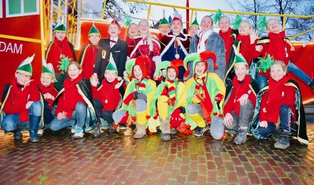 Maoskesdam ofwel Herpt kleurt rood, wit en groen tijdens het komende carnavalsfeest. De jeugd heeft er alvast zin in!