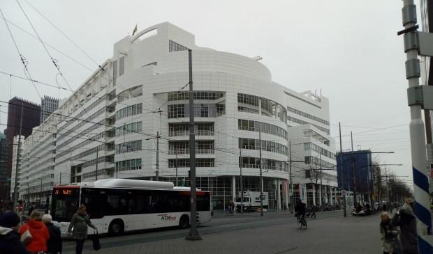 Als het aan de gemeente ligt kunnen Hagenaars vanaf 1 juli alleen nog aan de Leyweg en in het Centrum hun paspoort of rijbewijs aanvragen of ophalen.