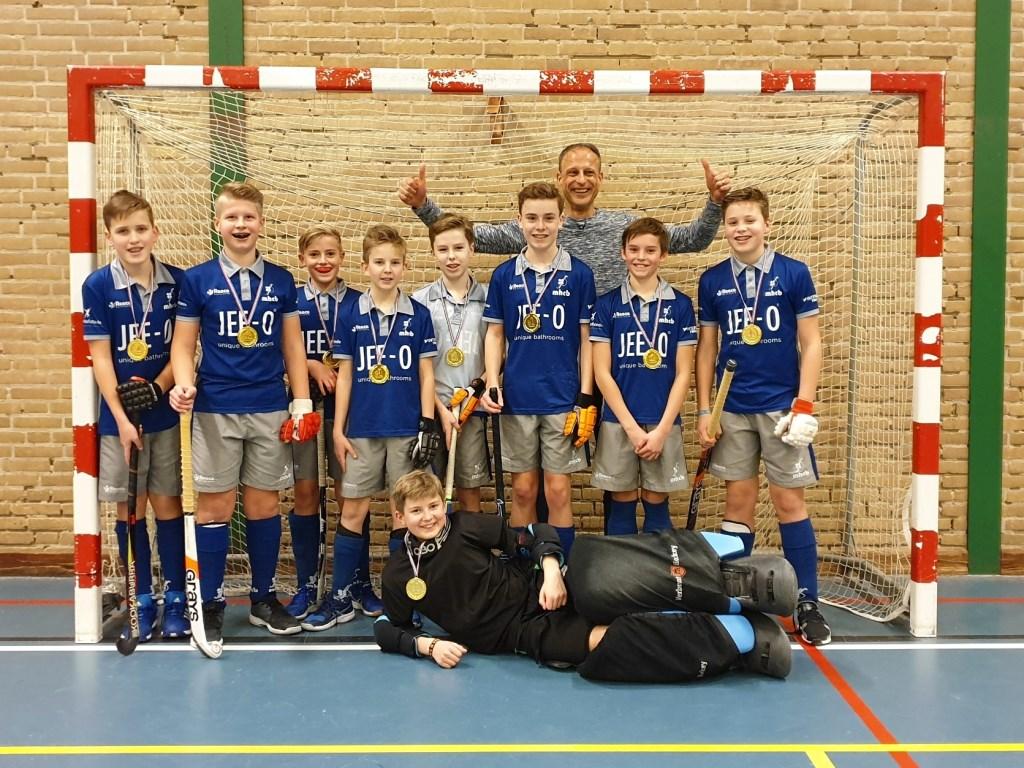 Jongens C2 zaalhockeykampioen Foto: MHC Beuningen © Persgroep