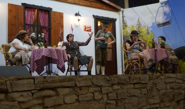 De toneelgroep van de B.O.G. staat op 15, 16 en 23 februari in Huis Brakel met de komedie Edelweiss.