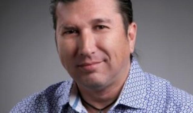 Patrick Rillmann, raadslid voor LokaalHengelo, gaat zeker stemmen voor de Provinciale Staten. Foto: LokaalHengelo