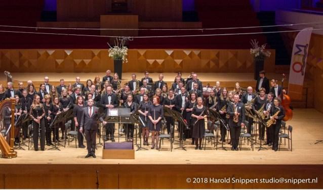 Het A-orkest van Harmonie Sint Jan luidt het voorjaar op muzikale wijze in. Foto: Harold Snippert.