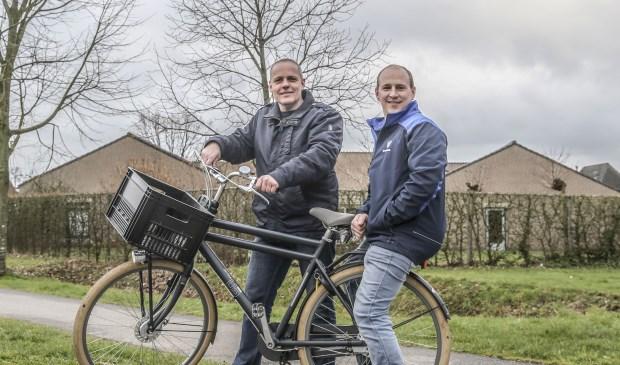 Voorzitter Nico van Putte en Davey Inghels (op de foto ontbreken de bestuursleden Christian de Letter en Romy Heesters). Foto Gino van den Broecke