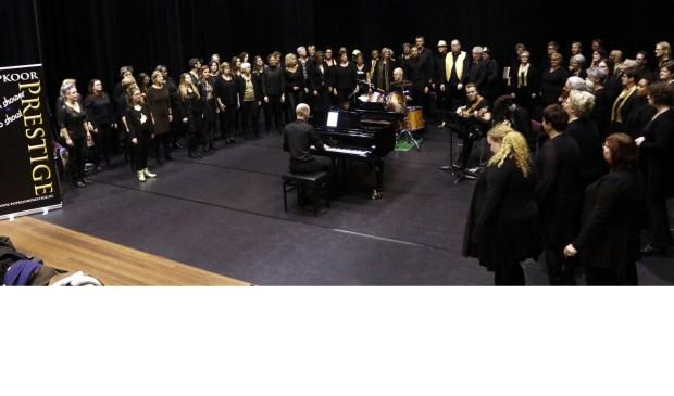 Onlangswas er een repetitievanhet popkoor begeleid door een band. (foto: Thymen Stolk)