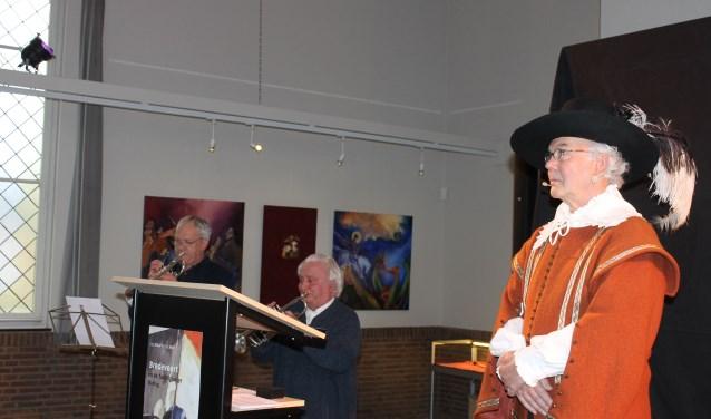 'Prins Maurits' opende de expositie: Bredevoort en de Tachtigjarige Oorlog in de Koppelkerk Bredevoort.