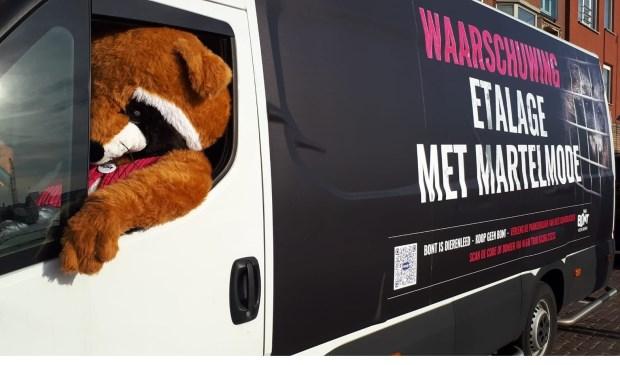 Bont voor Dieren protesteert morgen (dinsdag 19 maart) met een Bontblockertegen het verkopen van bont.