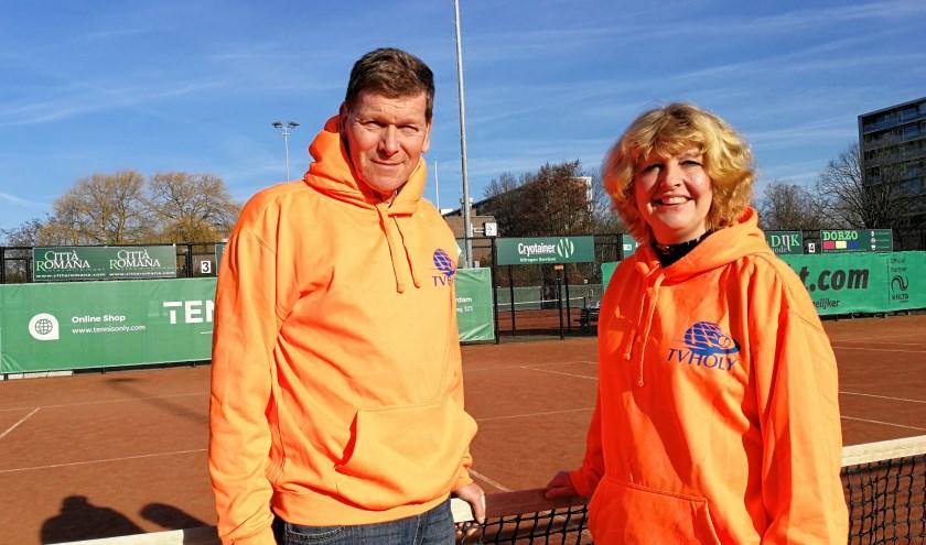 Hans Zevenbergen samen met Bianca Mak verantwoordelijk voor de introductie van het Tenniskids Totaal lidmaatschap bij Holy (Foto: Peter Spek).