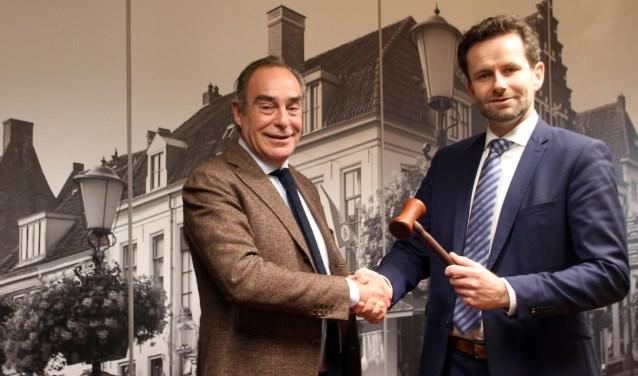 Arjan Klein (r.) en Theo Peters.(Foto: Stichting Museumstad Elburg)