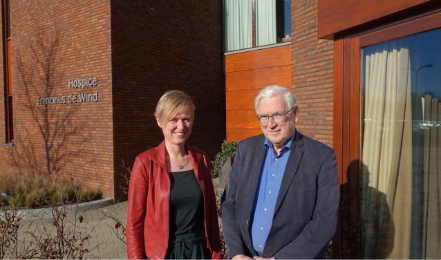 """Warm, waardig en waardevol. Dat motto dragen we al vijftien jaar uit"", zeggen Baukje Lycklama à Nijeholt en Dick Schonis."
