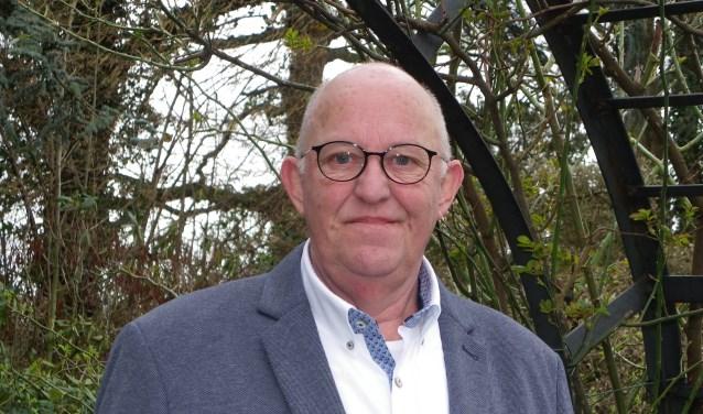 Wim Konijn zet zich als vrijwilliger in voor de toekomst van de boomkwekerij en probeert jongeren te interesseren om in de Greenport te komen werken.