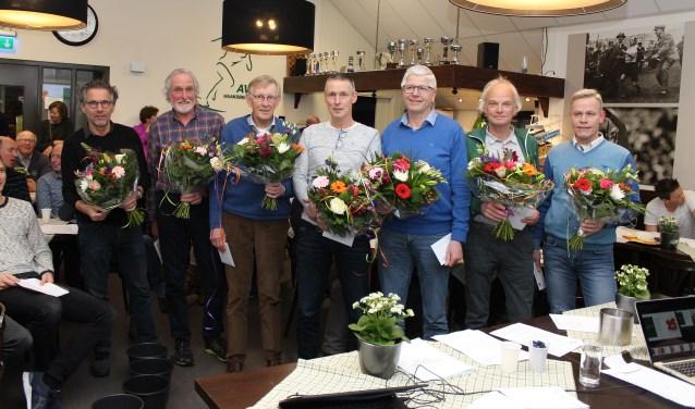 Deze zeven AVH-leden zijn al liefst 25 jaar lid van de club.