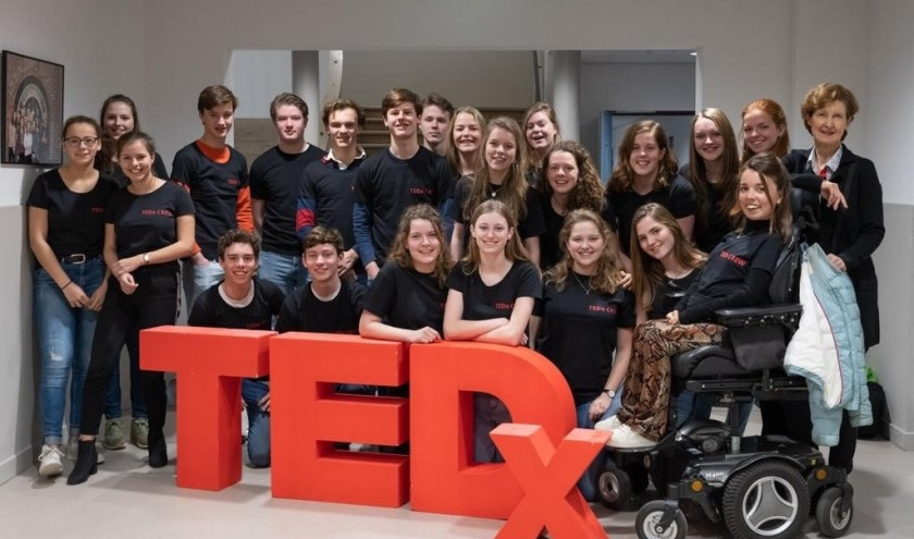 De crew van TEDxYouth@HNL Bilthoven. FOTO: Ron Jacobs