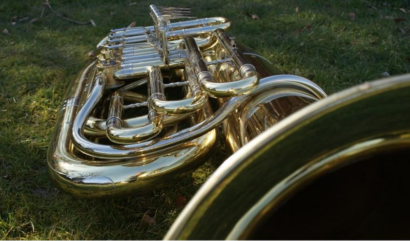 De bas van Nieuw Leven Angerlo is op zoek naar iemand die hem wil bespelen. (foto: Richard Klooster)