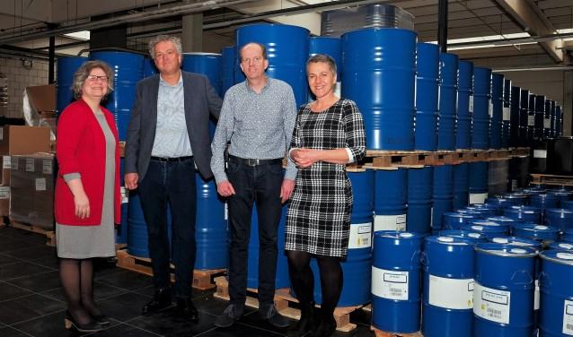 Rhenens wethouder Economie Jolanda de Heer (l) was op bedrijfsbezoek bij Keijser & Mackay. (Foto: Max Timons)