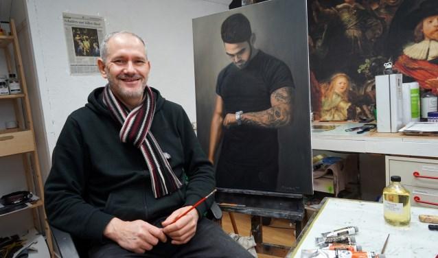 Paul van Sambeek is gefascineerd door Rembrandt. (foto: Tom Oosthout)