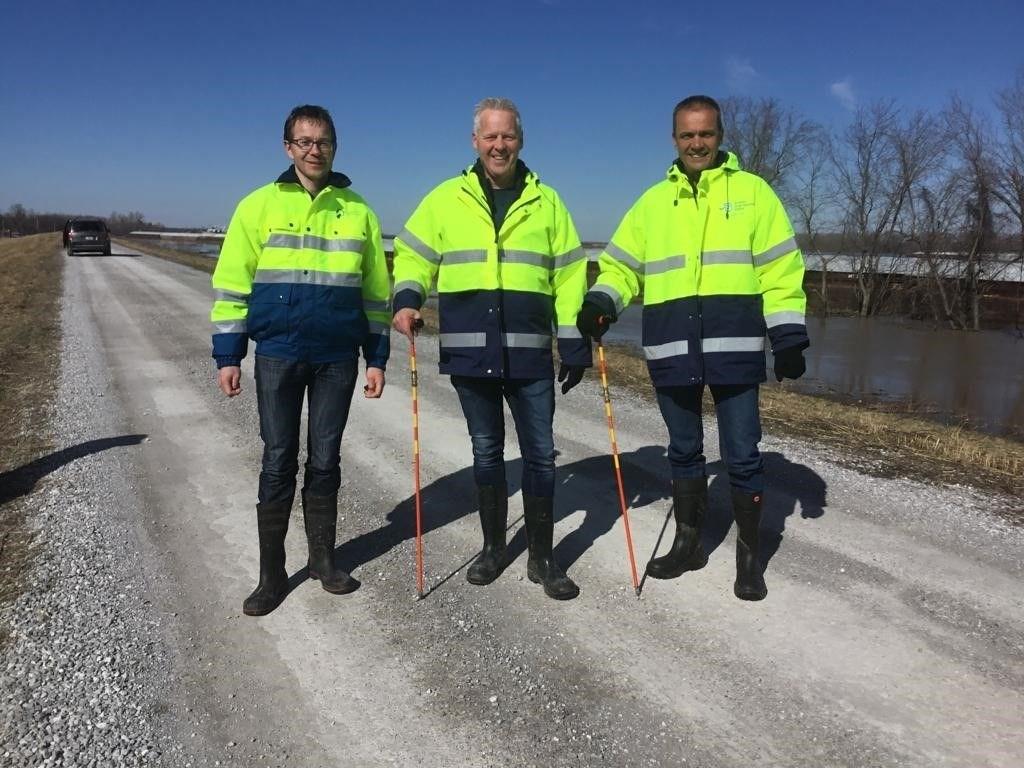 Frank Jansen (midden) en Wijnand Evers (rechts).  © Persgroep