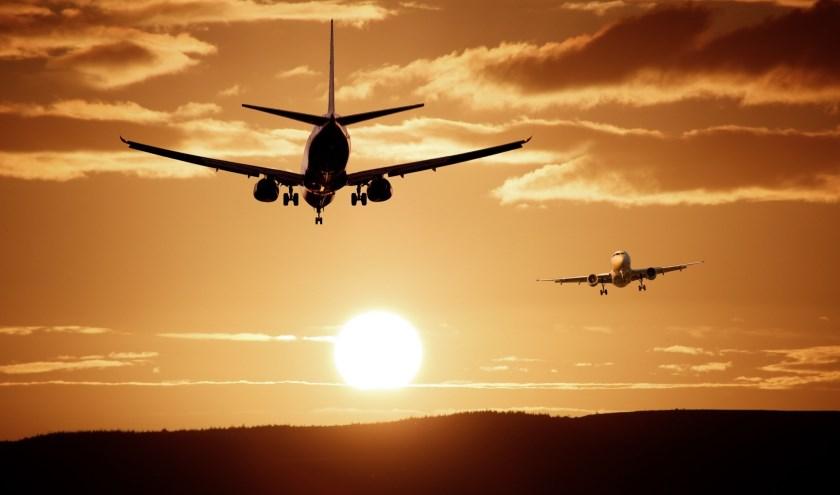 wolken en vliegtuigen