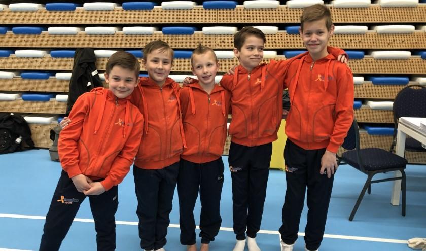 Van links naar rechts: Jefta, Bastiaan, Milan, Mathijs en Dani.