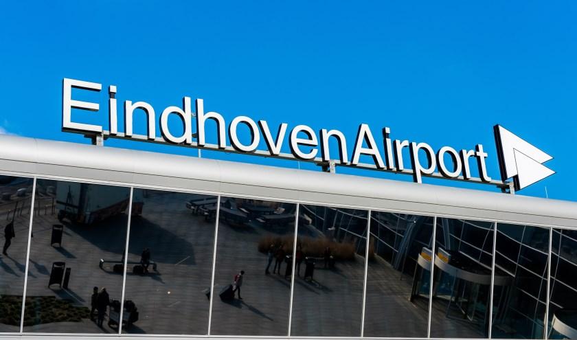 GGD-onderzoek over Eindhoven Airport is klaar... FOTO: Henk Hendrikx
